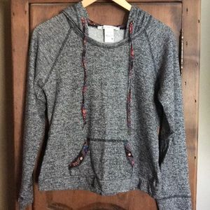 American Rag L/S hooded top..M.. grey speckled